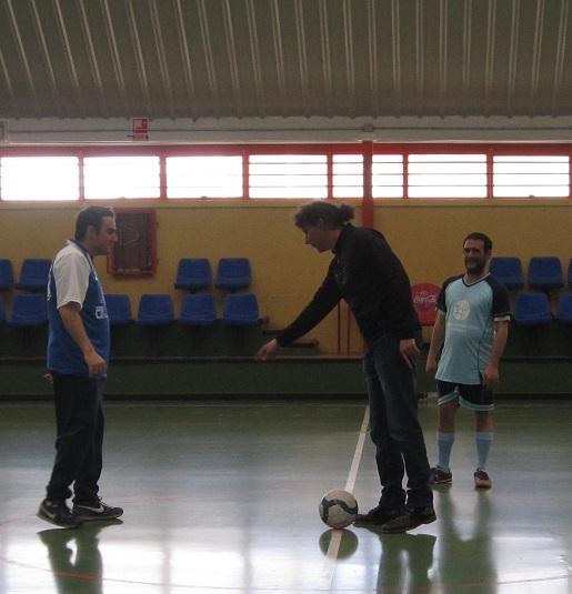 Un buen árbitro también enseña :D